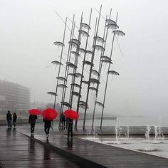 Με μια ομπρέλα κόκκινη... #thessaloniki #greece .