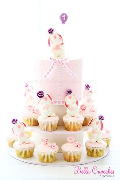Bunny Tower cake with cupcakes
