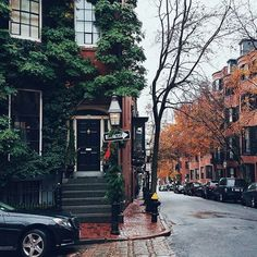 autumn, street, and city image Beautiful World, Beautiful Places, Belle Villa, Autumn Aesthetic, Adventure Is Out There, Oh The Places You'll Go, Belle Photo, Future House, Street Photography