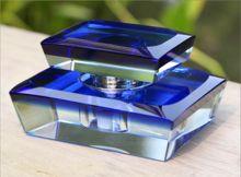 Wholesale Custom Handmade Crystal Shining Glass Perfume Bottle