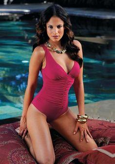 Badeanzug, LASCANA Mode Glamour, Pool Fashion, Bikinis, Swimwear, 1, Beautiful Women, One Piece, Lingerie, Models