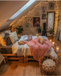 Room Design Bedroom, Room Ideas Bedroom, Home Decor Bedroom, Cool Bedroom Ideas, Design Room, Decor Room, Autumn Decor Bedroom, Bedroom Designs, Wood Room Ideas