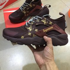 Image of Nike huaraches custom supreme
