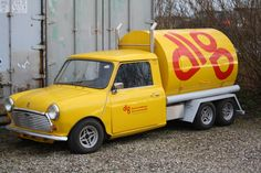 dont get much cooler than a 6 wheeled Mini Tanker! I love this custom creation, I'd genuinely have it as my Daily Driver! Mini Trucks, Gmc Trucks, Mini Morris, British Aerospace, Morris Minor, Mini Countryman, Smart Car, Modified Cars, Classic Mini