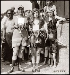 Bathing beach beauty contest, 1920. Elizabeth Margaret Williams and Elizabeth Roache.