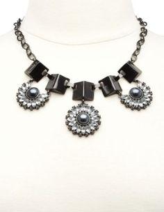 peal & rhinestone blossom statement necklace