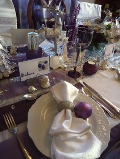 Purple Christmas Table (Leslie M..I know you will love this too)! :)