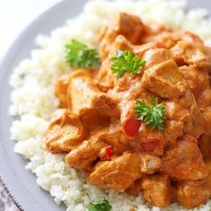 Sunn kylling tandoori med blomkålris | EXTRA - Veggie Recipes, Diet Recipes, Cooking Recipes, Healthy Recipes, Delicious Dinner Recipes, Yummy Food, Norwegian Food, Kitchen Recipes, No Cook Meals