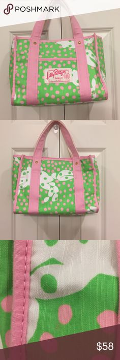 RARE Lilly Pulitzer Originals Small Tote This purse is in like new condition other than one small pinhead size stain on the back. Only noticeable on inspection for sale. This pattern is rare and part of the original collection by Lilly Pulitzer. Lilly Pulitzer Bags