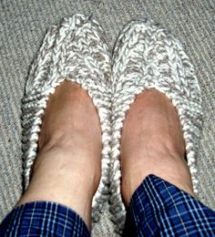 block 'n tackle knitting: Free quick slipper pattern