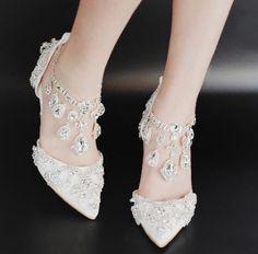 Elegante Feminino apontado Toe Diamantes Borla sapatos com salto agulha de casamento tamanho 35-42 | Roupas, calçados e acessórios, Calçados femininos, Scarpin | eBay!