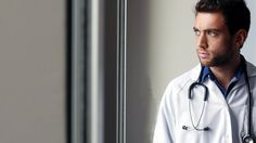 Den Zugang zum Studium schaffen fast nur Akademikerkinder, die künftigen Ärzte Deutschlands sind alles andere als divers. Das kann für Patienten sogar gefährlich werden.