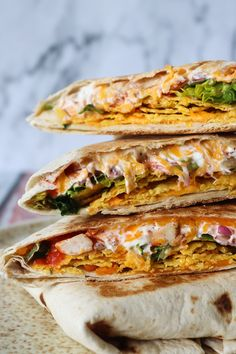 Sprøde Nachos Crunch Wraps – One Kitchen – A Thousand Ideas Mexican Food Recipes, Vegetarian Recipes, Dinner Recipes, Burger Dressing, Nachos, Crunch Wrap, Homemade Tortilla Chips, Tortillas, Clean Eating Snacks