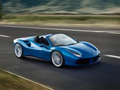 Discover the Ferrari 488 spider, a unique model with high performance and ease of driving for maximum open-air fun. An innovative car equipped with a powerful and sporty engine. Plunge into the experience of driving the Ferrari 488 Spider. Maserati, Bugatti, Lamborghini, Ferrari 488 Gtb, Ferrari Car, Ferrari Spider, Ferrari Mondial, Ferrari 2017, Audi