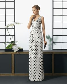 Long polka dot piqué dress. Rosa Clará 2016 Cocktail Collection.
