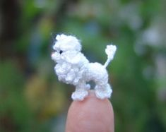 Teeny pequeñas ardillas Micro Amigurumi ganchillo hilo por SuAmi