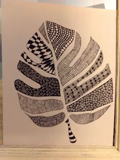 Do a leaf this shape for jungle week in green, purple and blue wet on wet watercolor.Its a Jungle Out There: Zentangle Jungle Leavesfavorite papers- or letters Zentangle Drawings, Doodles Zentangles, Zentangle Patterns, Doodle Drawings, Doodle Art, Zen Doodle, Tangle Art, Sharpie Art, Zen Art
