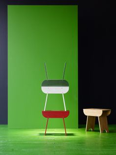TRENDIG 2013 limited edition stool: The name TRENDIG stems from the back-and-forth dialogue between the two cultures. The result is a fusion of Chinese culture and Scandinavian design – a collaboration between designers and technicians from both countries.
