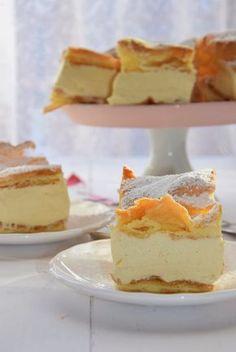 Jedno z moich ulubionych ciast. Mama dość często piekła nam je w dzieciństwie. Szczerze przyznam, że dopiero niedawno odkryłam, że można...