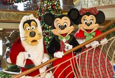 Disney Cruise Line's Very Merrytime Cruises Put the Tide in Yuletide