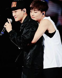 Xiumin and Chen :D <3 <3 <3 <3♡♡♡♡