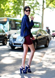 My new obsession is burgundy and navy mixed together. Skirt by Yigal Azrouel, shirt by Acne, bag by Mulberry, sunglasses by Ralph Lauren and shoes by Office (blogger Hanneli Mustaparta)