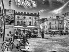 Piazza del Popolo, Ravenna, foto di Rob Damat.