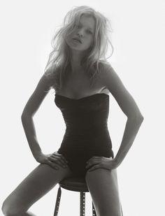 Kate Moss by Tesh for i-D, September 2005