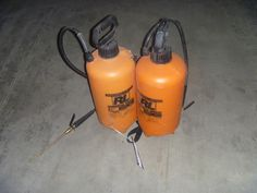 Starting at $10.00:  Lot of 2 ea. R commercial 3 gallon pressurized sprayers, model #1993I.