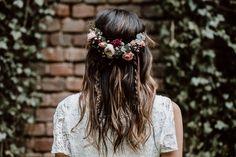 Labude Koeln - Boho Bridal Styling Boho Hairstyle Brautfrisur im Bohemian Stil H. - Blumenkranz , Labude Koeln - Boho Bridal Styling Boho Hairstyle Brautfrisur im Bohemian Stil H. Labude Koeln - Boho Brautstyling Boho Frisur Brautfrisur im böhmis. Wedding Hairstyles For Long Hair, Boho Hairstyles, Vintage Hairstyles, Indian Hairstyles, Bohemian Wedding Hairstyles, Hairstyle Ideas, Wedding Hairdos, Mullet Hairstyle, Style Hairstyle