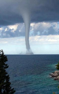 Amazing view of an waterspout in the Adriatic Sea  A water spout is like a tornado but less harmful. Description from pinterest.com. I searched for this on bing.com/images