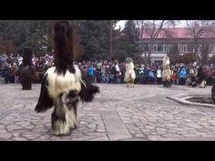 Кукери Банско 1.01.2014 махала Вйоново блато - YouTube