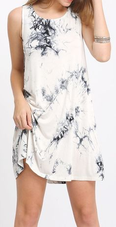 Black Sleeveless Ink Print Smoke Dress. US$12.99
