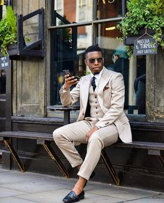 Pimp suits are extravagant flashy parts of costumes which were popular during the prior decades. Beige Suits For Men, Tan Suit Men, Beige Suits Wedding, Wedding Men, Mens Suits, Formal Wedding, Tan Prom Suits, Prom Suits For Guys, Groomsmen Suits