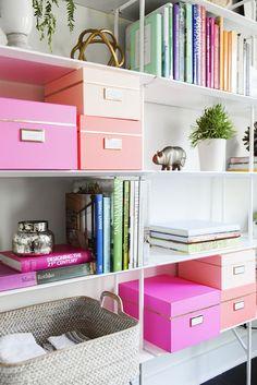 7 Essentials Every Stylish Dorm Room Needs // organization, bookshelves, styling