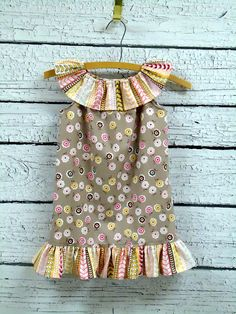 Girls Boutique Ruffle Neck Dress Daisy Cottage  by WendysWhimzies