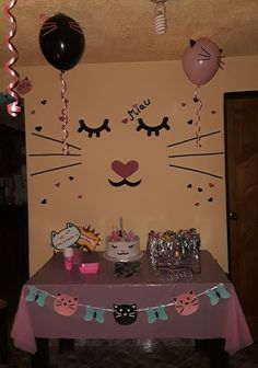 Para el cumple #1 y la pintamos de gatita Girl Birthday Themes, Cat Birthday, 3rd Birthday Parties, Birthday Decorations, Kitten Party, Cat Party, Cat Themed Parties, Lorie, Baby