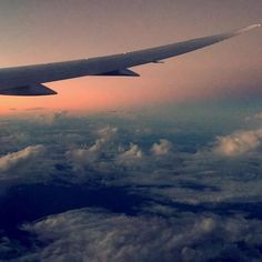 Morning from somewhere over the Pacific Ocean! I've been on a plane for almost 20hrs now, and I have 9 more to go....so I purchased in-flight WiFi for few hours 🙈😬    #Regram via @wandering_krishna