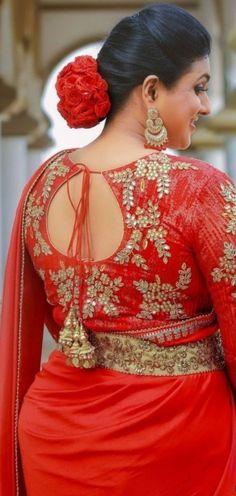 Desi Girl Image, Girls Image, Beautiful Girl Indian, Most Beautiful Indian Actress, Aunty In Saree, Beautiful Bollywood Actress, Indian Beauty Saree, India Beauty, Cute Woman