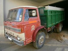 1969 FORD D1000 SERIES CUSTOM CAB TIPPER. THIS WAS A TRACTOR UNIT ORIGINALY