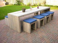 Steigerhout tafel Moos: http://link.marktplaats.nl/675415909