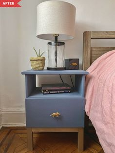 Paint and new knobs transform the IKEA TARVA nightstand. Blue Nightstands, Ikea Nightstand, Nightstand Ideas, Ikea Bed, Bedside Tables, Cool Diy Projects, Home Projects, Project Ideas, Different Blue Colors