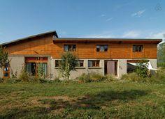 Schau Dir dieses großartige Inserat bei Airbnb an: Grande maison pr vacances ou stages - Häuser zur Miete in La Chapelle-en-Vercors