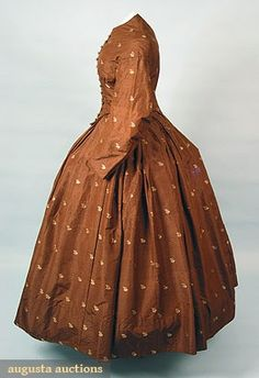 chocolate brown silk faille w/ small gold floral brocade, box pleated skirt, bodice w/ bishop's sleeve, etched brass ball buttons, Augusta Auctions 1800s Fashion, 19th Century Fashion, Vintage Fashion, Box Pleat Skirt, Pleated Skirt, Southern Belle Style, Big Skirts, Civil War Dress, Clothing And Textile