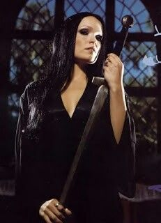 Tarja, beautiful fashion beautiful voice... Nightwish isn't the same without her...