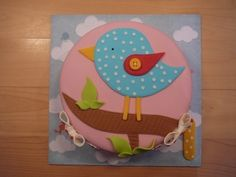 Bird on a branch By patisseriejaja on CakeCentral.com