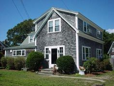 Cape Cod MA Cabin Rentals! That's a cabin? The 4-bedroom/2 bathroom house sleeps 11 with ease!   Room for the entire family! Plus we just added a large deck and an outdoor shower! Come spend a week at the Cape with the whole Family!