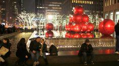 Se encendió la Navidad en el Rockefeller Center.