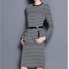 💥Houndstooth midi dress/faux leather trim Stylish dress, new with tags. Pockets are not functional, slight split in the back. Runs small, size large but fits like a medium Dresses Midi