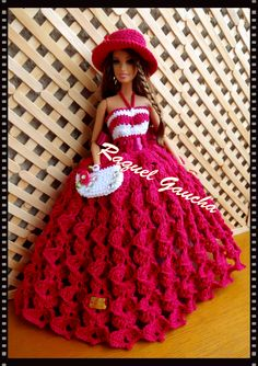 Mais dela no meu blog rachelcrochet.wordpress.com  #Barbie #Crochet  #Vestido #Sombrero #Chapéu #Dress #Bolsa #Cartera #Purse #Doll #Muñeca #RaquelGaucha